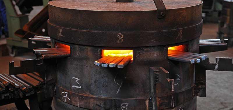 Les outils forg s geschmiedete handwerkzeuge forges de - Forge a gaz ...
